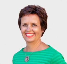 Lynn de Vries, CPP, PCI